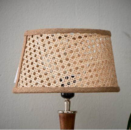 Lovely Webbing Lamp