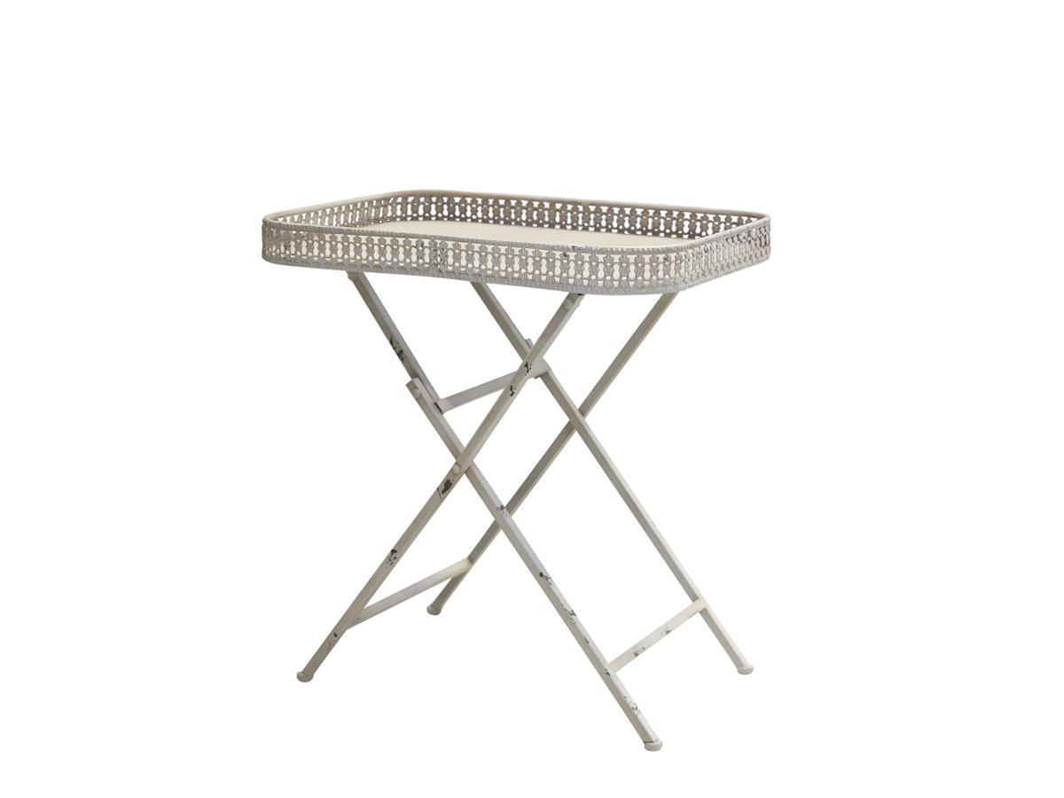 Tisch mit Spitzenkante