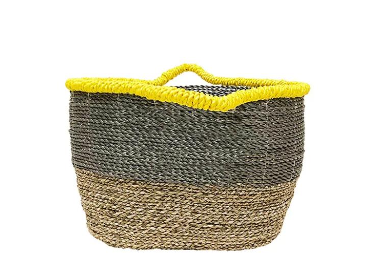 Korb mit gelbem Rand